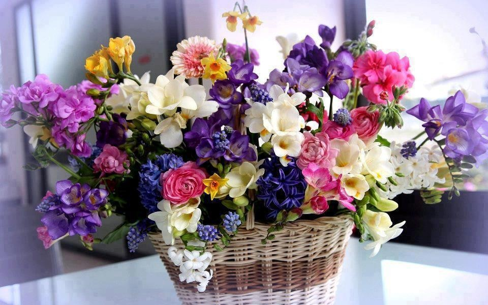 Картинки цветы на столе 7