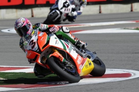 max-biaggi-imola-motomondiale-superbike-2010-campione-del-mondo-festeggiamenti-foto-480x319.jpg